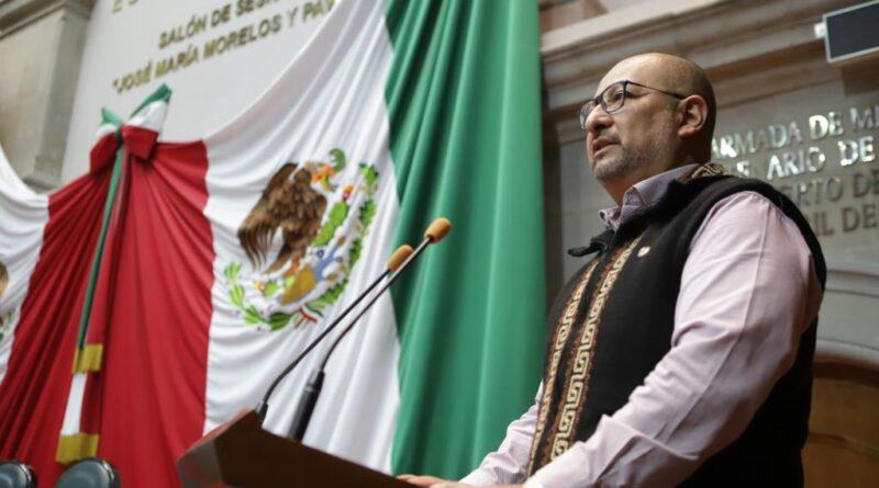 Gobernador debe dar cuentas por financiamientos: Max Correa